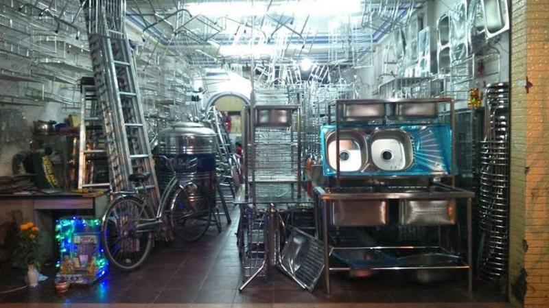 Tuyển giúp việc nam làm việc trong công xưởng sản xuất đồ gia dụng kim loại Đạo Phong